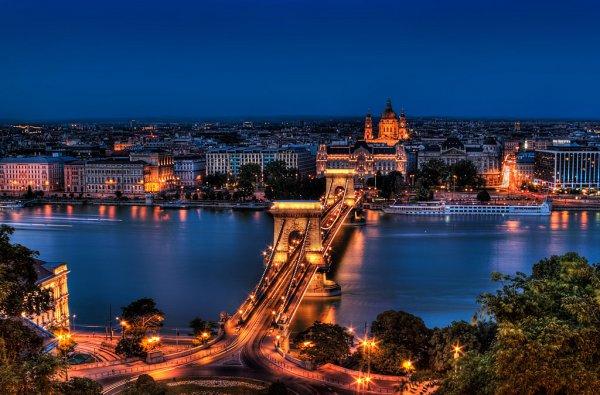 Autóbérlés Budapesten