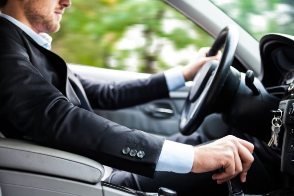Miért jobb a bérelt autó, mint a saját?