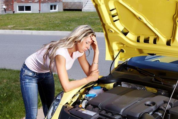 Miért jobb autót bérelni, mint kölcsönkérni?