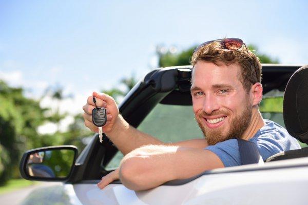 Korlátozások autóbérléskor – milyen feltételeknek kell megfelelned?