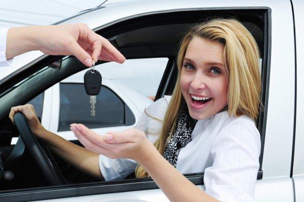 Amire mindenképpen figyeljünk oda autóbérléskor