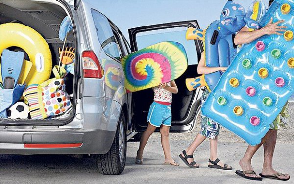 Nyaraláskor jól jön a bérelt autó