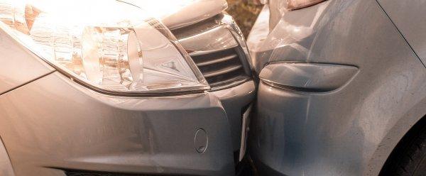 Mit tegyek ha a bérelt autóval baleset történik?