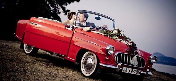 Béreljen különleges autót az esküvőjére!