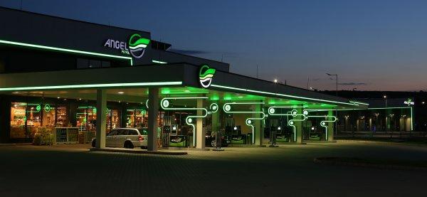 Kerüljük el, hogy a nyaralás alatt kifogyjon bérautónkból az üzemanyag